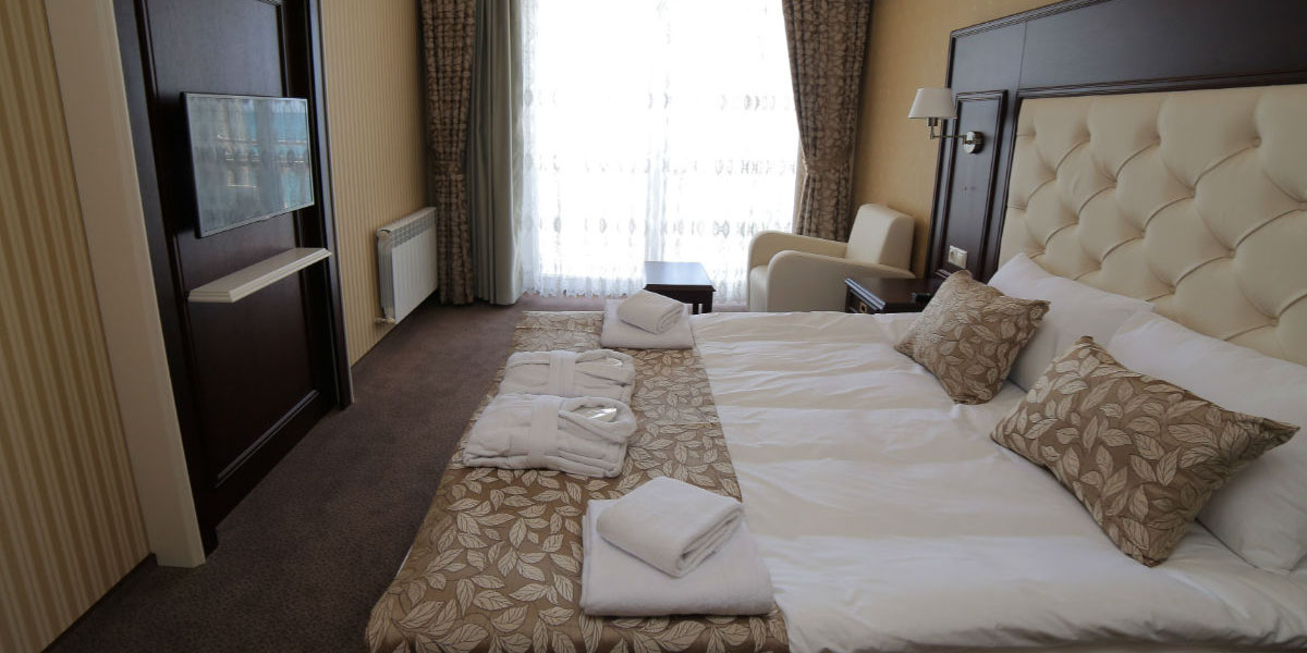 Номер Полулюкс в отеле Ribera Resort & SPA в Евпатории